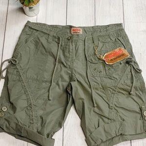 NO BOUNDARIES Bermuda Shorts~Size 9 Juniors~NWT!